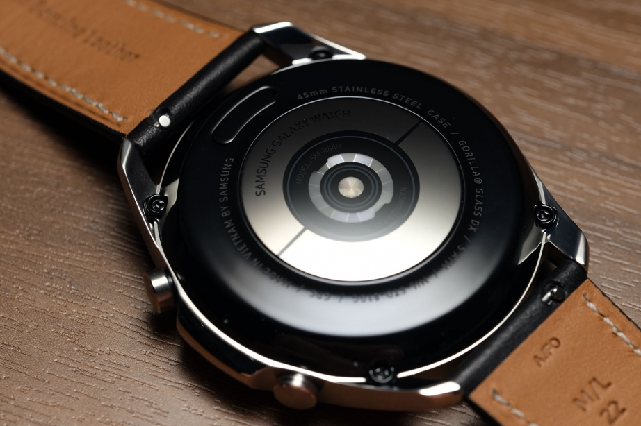 samsung-galaxy-watch3-unboxing-pic1.jpg