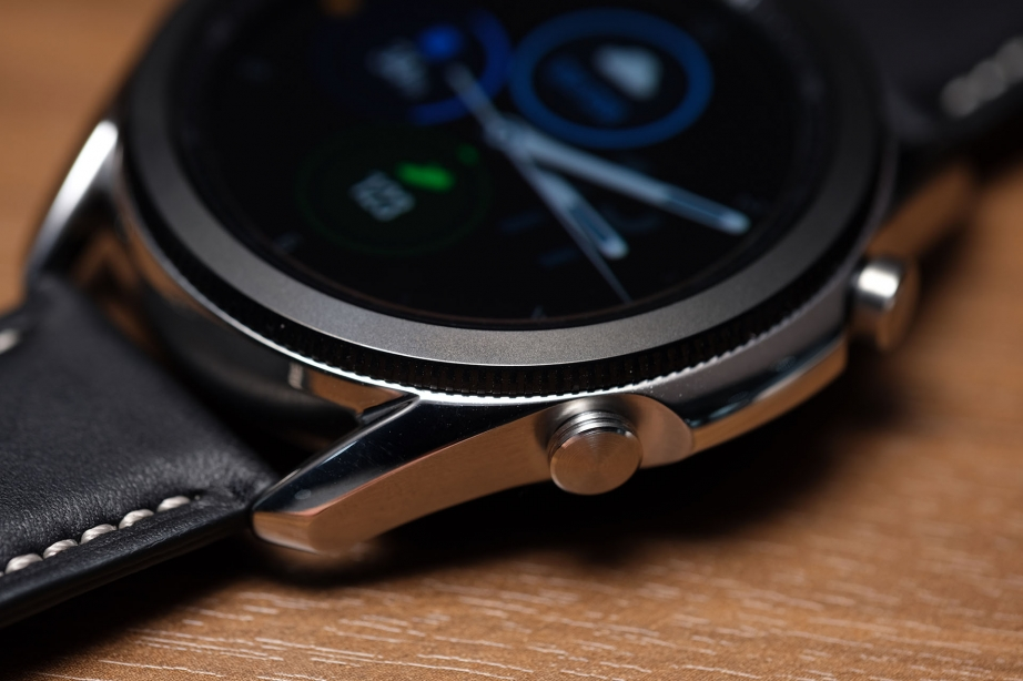 samsung-galaxy-watch3-unboxing-pic8.jpg