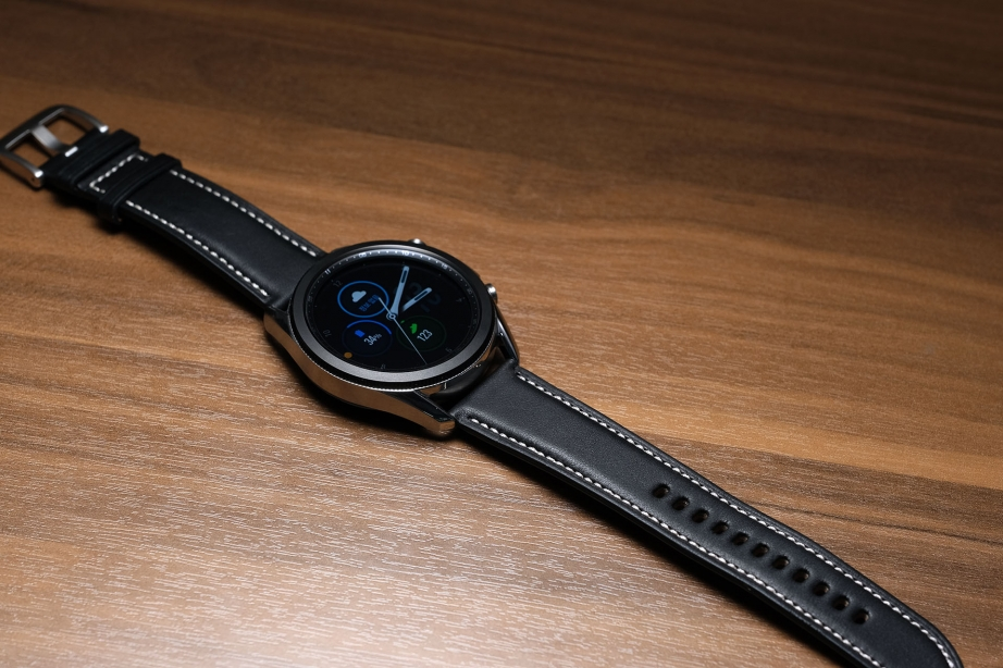samsung-galaxy-watch3-unboxing-pic11.jpg
