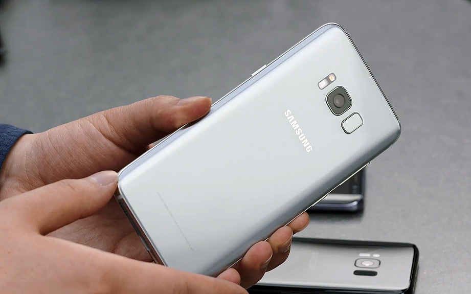 samsung-galaxy-s8-unboxing-pic19.jpg