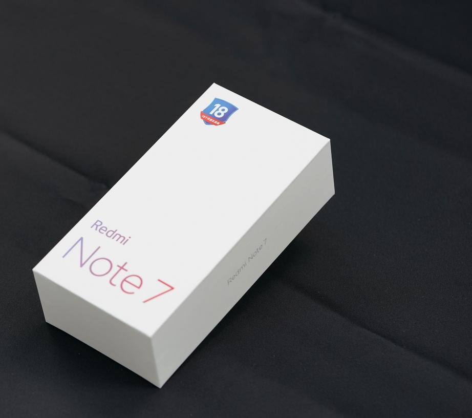xiaomi-redmi-note-7-unboxing-pic1.jpg