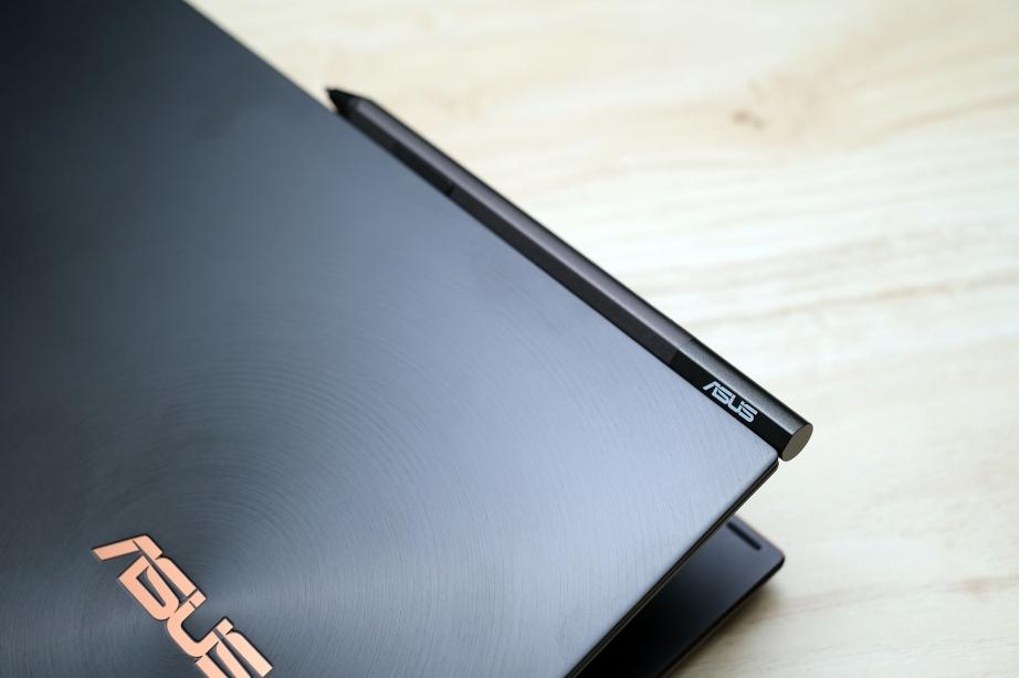 asus-zenbook-flip-s-ux371ea-preview-pic5.jpg