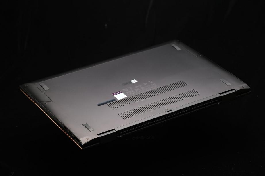 asus-zenbook-flip-s-ux371ea-preview-pic6.jpg