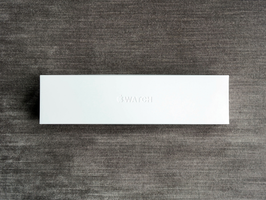 apple-watch-series-4-unboxing-pic1.jpg