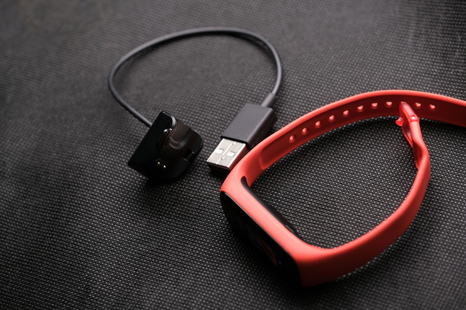 samsung-galaxy-fit2-unboxing-pic4.jpg