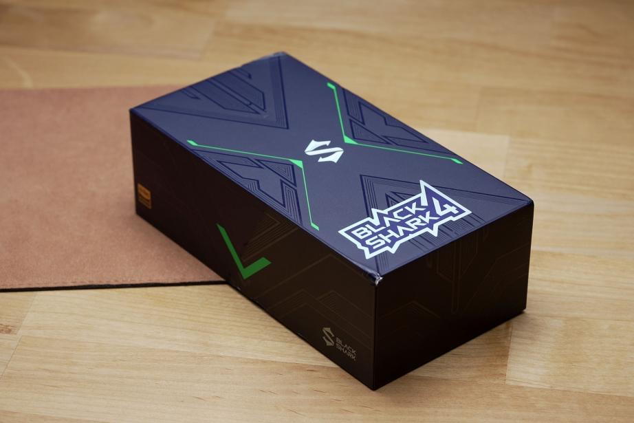 black-shark-4-unboxing-pic6.jpg