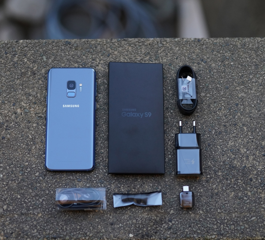 samsung-galaxy-s9-unboxing-pic4.jpg