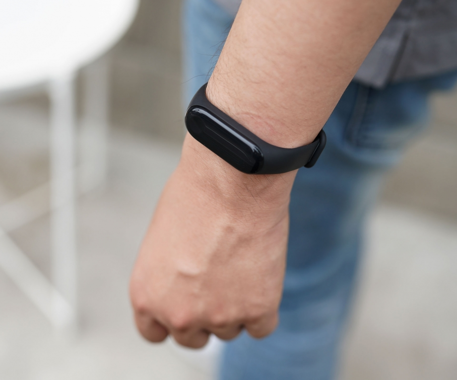 xiaomi-mi-band-3-unboxing-pic5.jpg