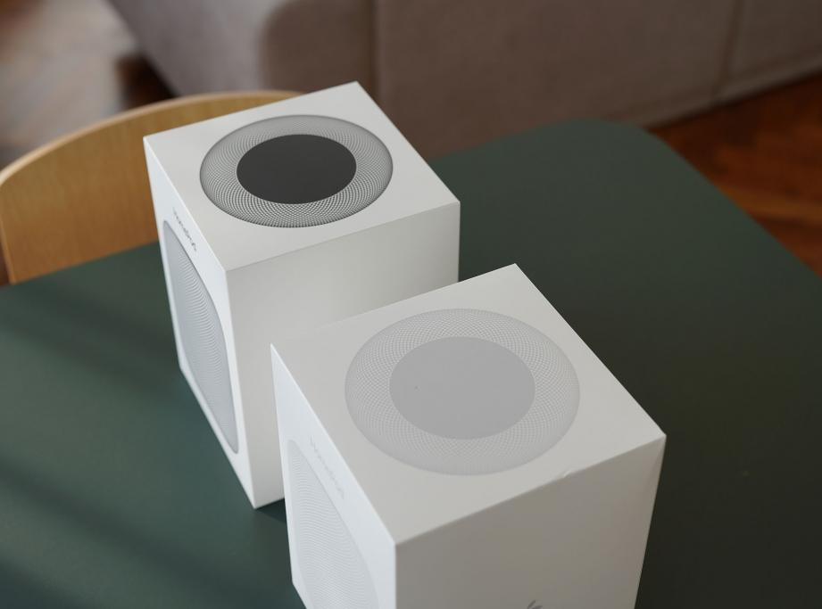apple-homepod-unboxing-pic2.jpg