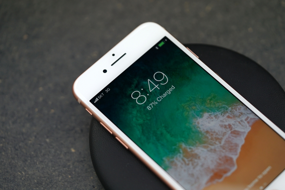 apple-iphone-8-unboxing-pic8.jpg
