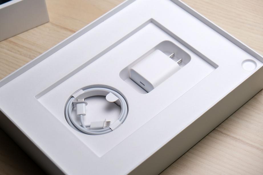 apple-ipad-air-gen4-unboxing-pic7.jpg
