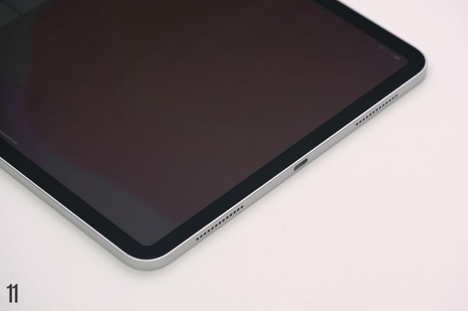 apple-ipad-pro-11-gen2-129-gen4-unboxing-pic6.jpg