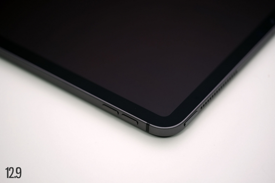 apple-ipad-pro-11-gen2-129-gen4-unboxing-pic1.jpg