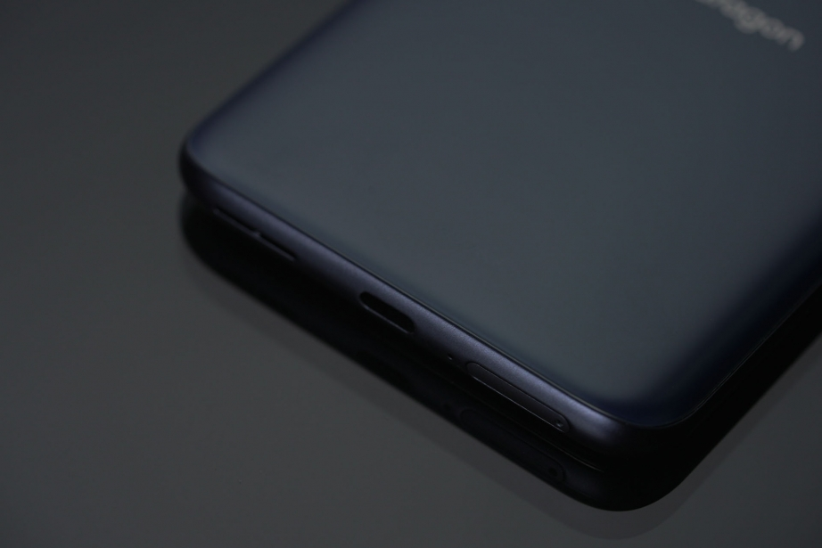 qualcomm-smartphone-for-snapdragon-insiders-unboxing-pic7.jpg