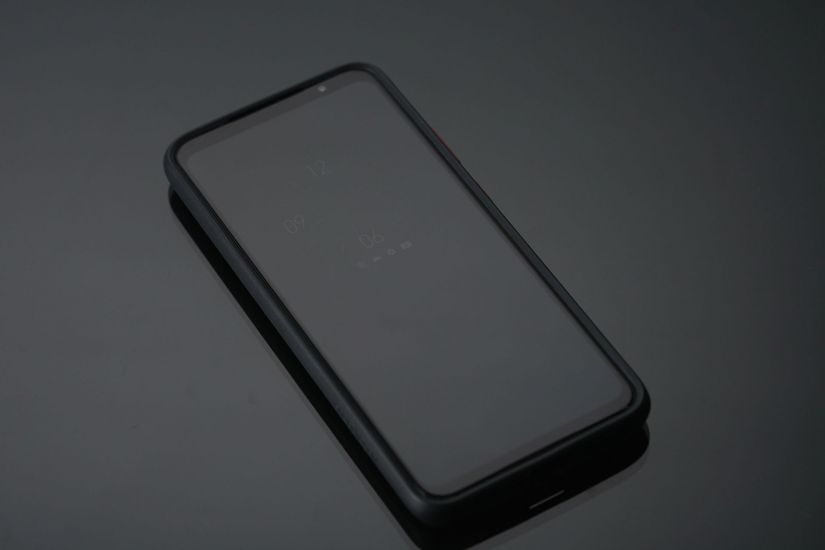 qualcomm-smartphone-for-snapdragon-insiders-unboxing-pic5.jpg