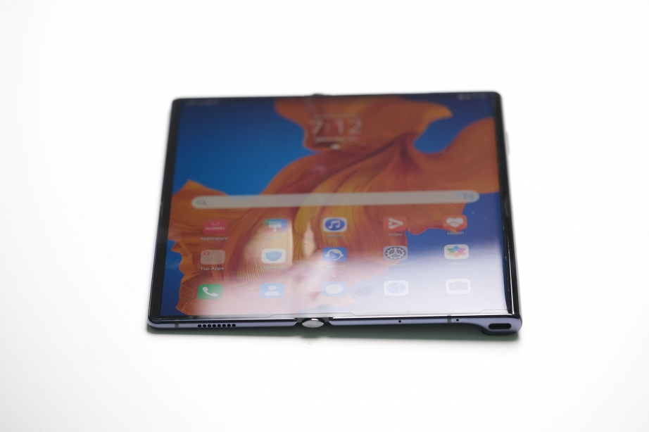 huawei-mate-xs-unboxing-pic5.jpg