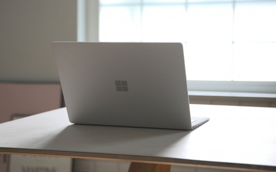 microsoft-surface-laptop-unboxing-pic9.jpg
