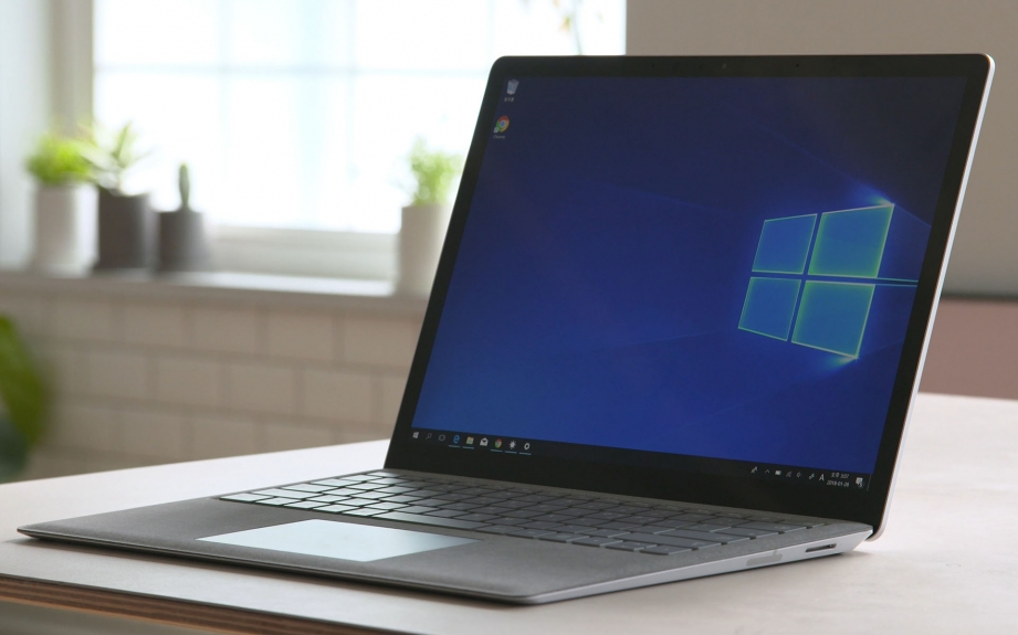 microsoft-surface-laptop-unboxing-pic10.jpg