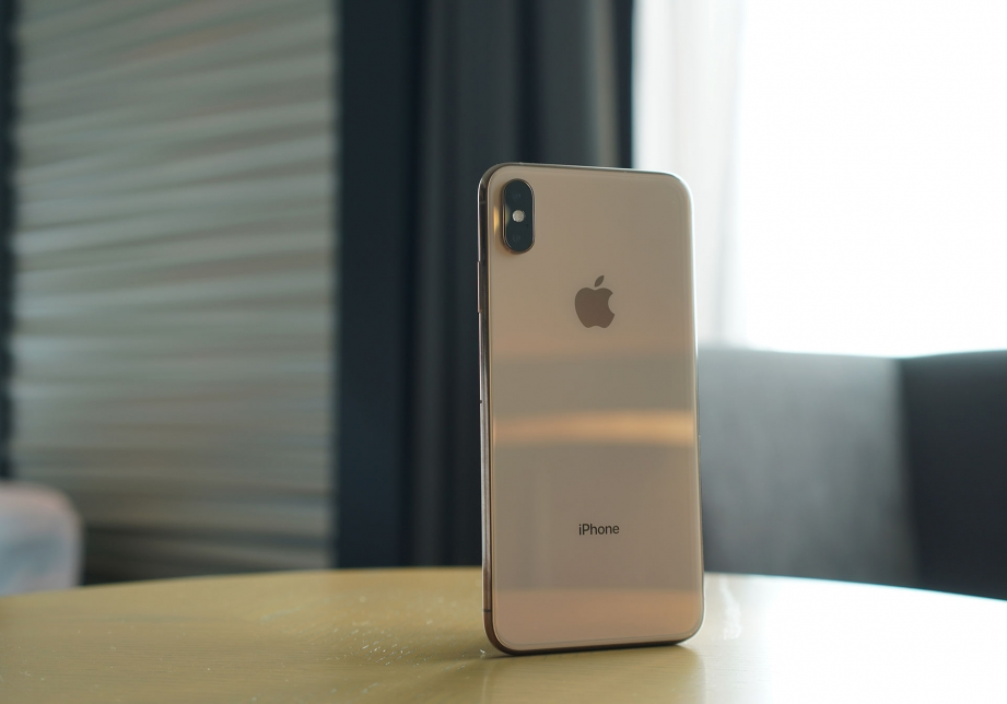 apple-iphone-xs-max-unboxing-pic5.jpg