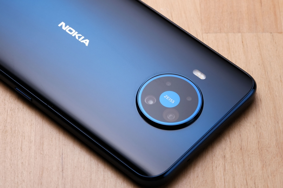 nokia-83-5g-unboxing-pic9.jpg