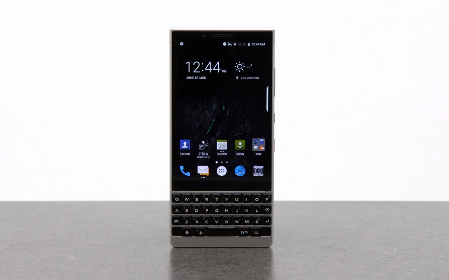 blackberry-key2-unboxing-pic2.jpg