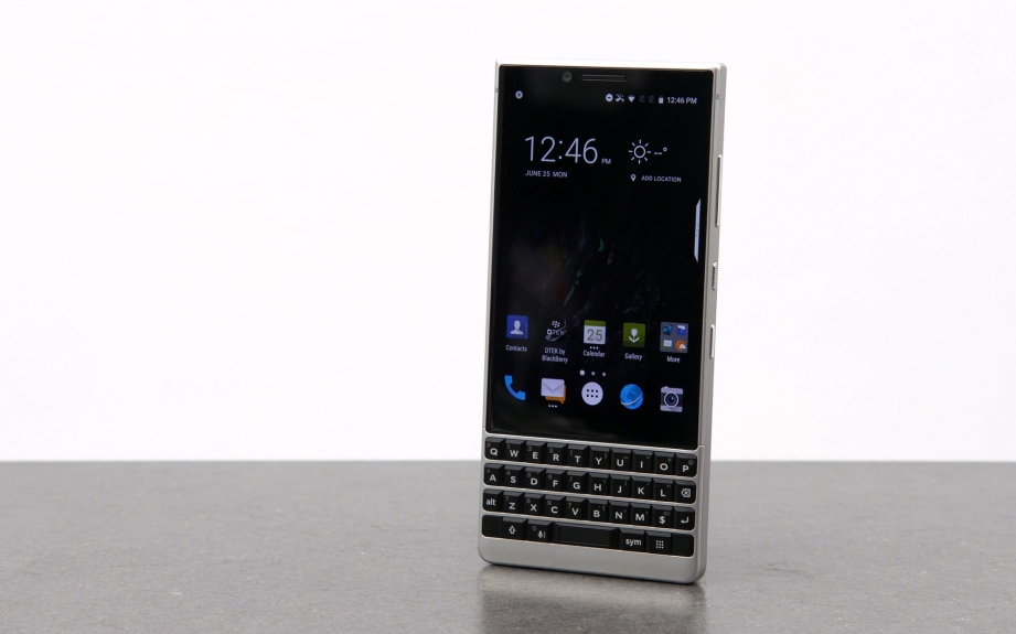 blackberry-key2-unboxing-pic1.jpg