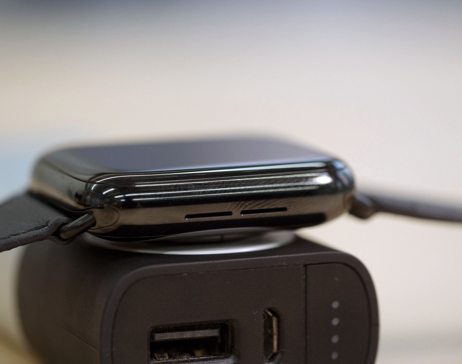 apple-watch-hermes-series-5-unboxing-pic7.jpg