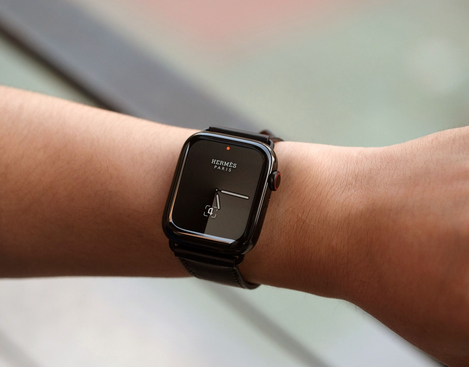 apple-watch-hermes-series-5-unboxing-pic10.jpg