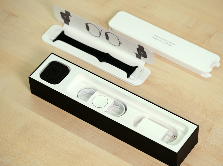 apple-watch-hermes-series-5-unboxing-pic4.jpg