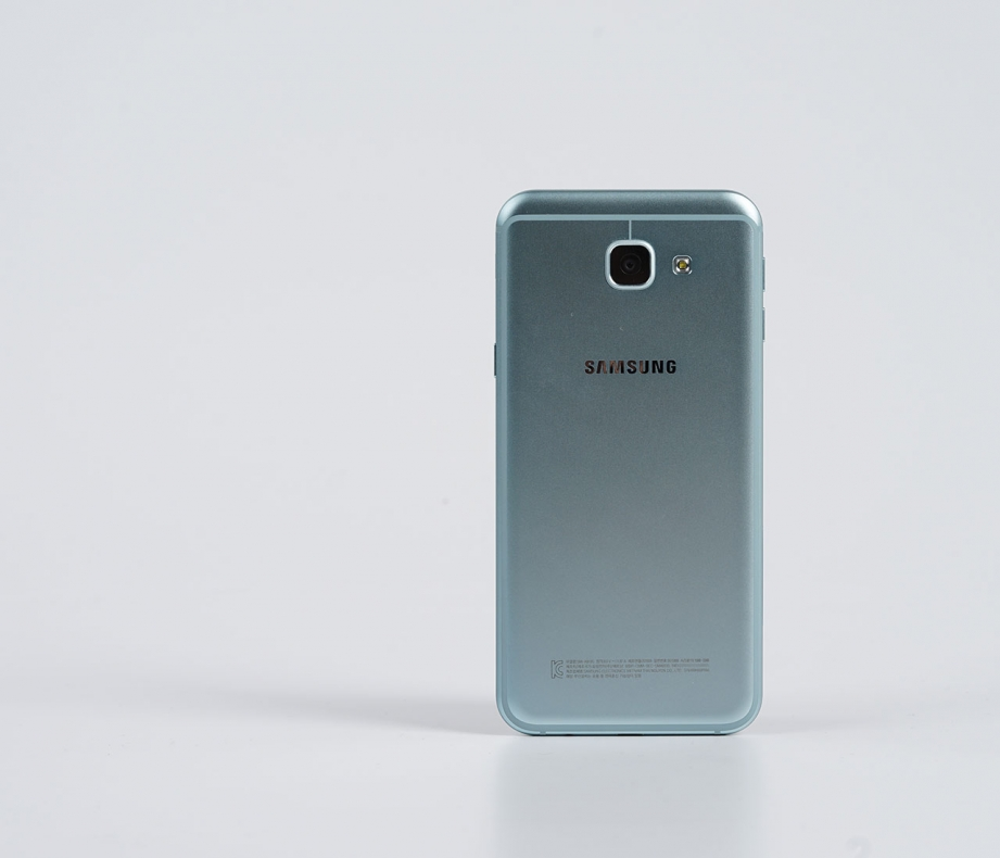 samsung-galaxy-a8-2016-unboxing-pic5.jpg