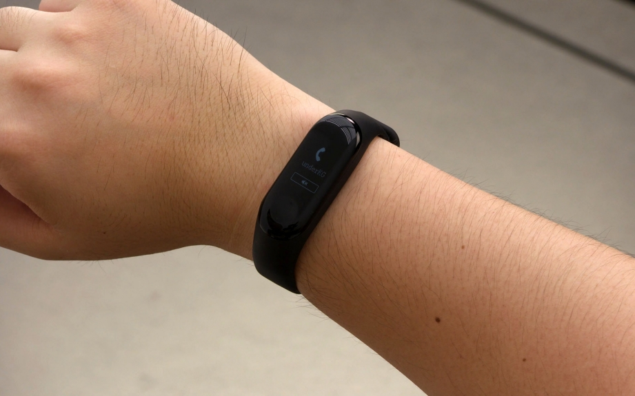xiaomi-mi-band-3-review-pic1.jpg
