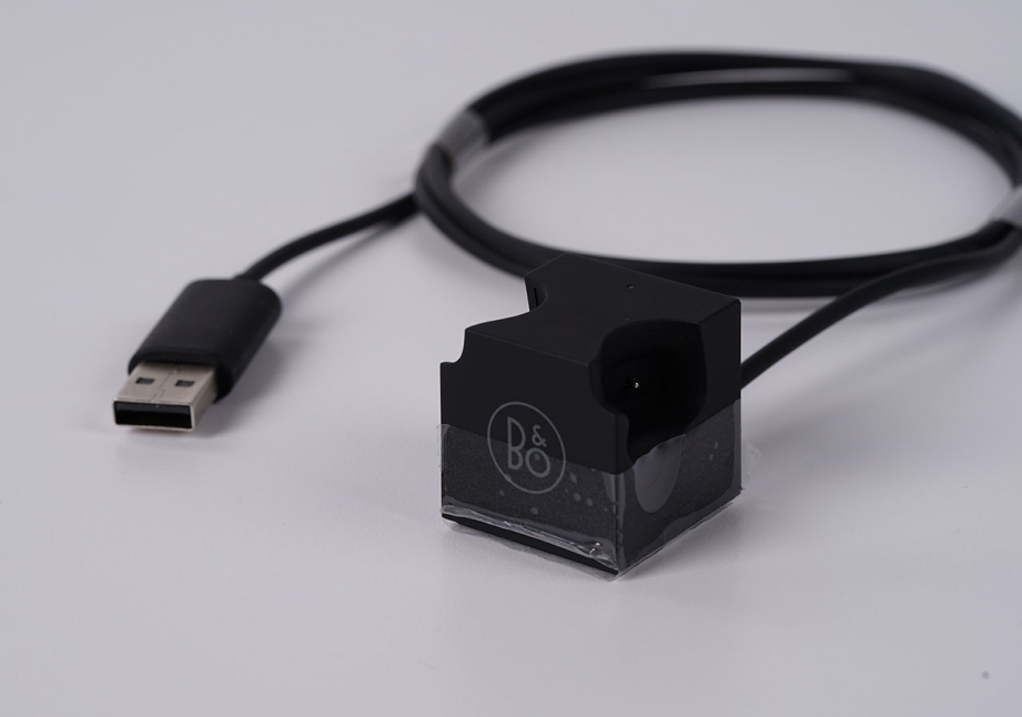 b&oplay-beoplay-h5-unboxing-pic5.jpg