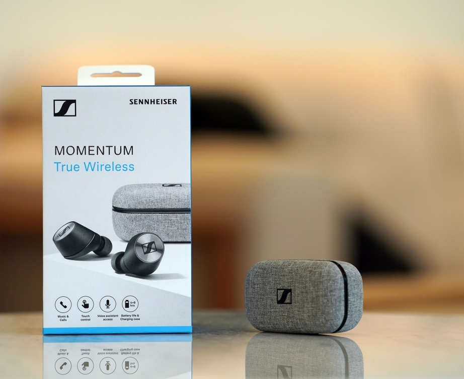 sennheiser-momentum-true-wireless-unboxing-pic1.jpg