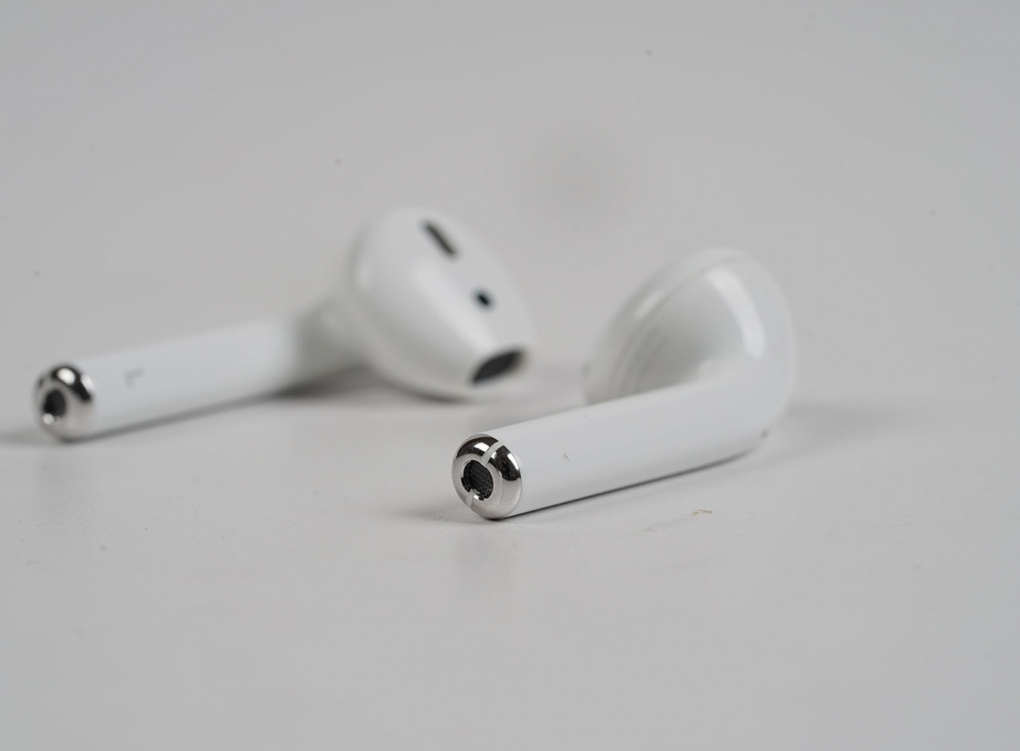 apple-airpods-unboxing-pic5.jpg