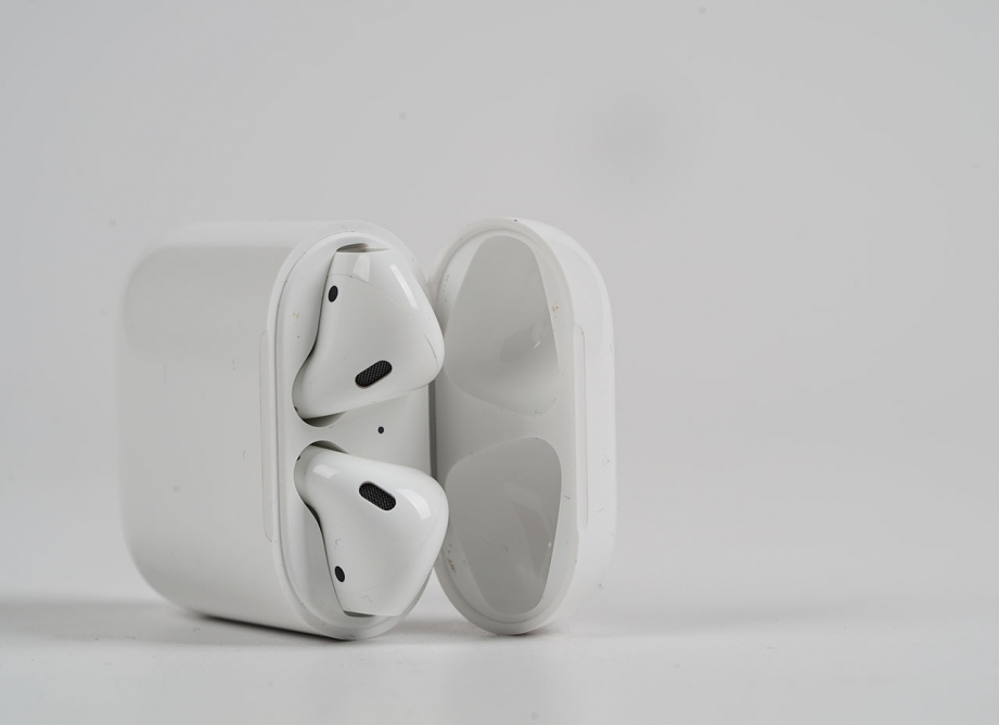 apple-airpods-unboxing-pic4.jpg