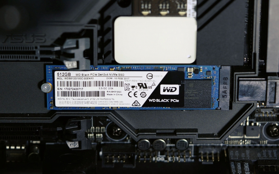 wd-black-pcie-ssd-unboxing-pic6.jpg
