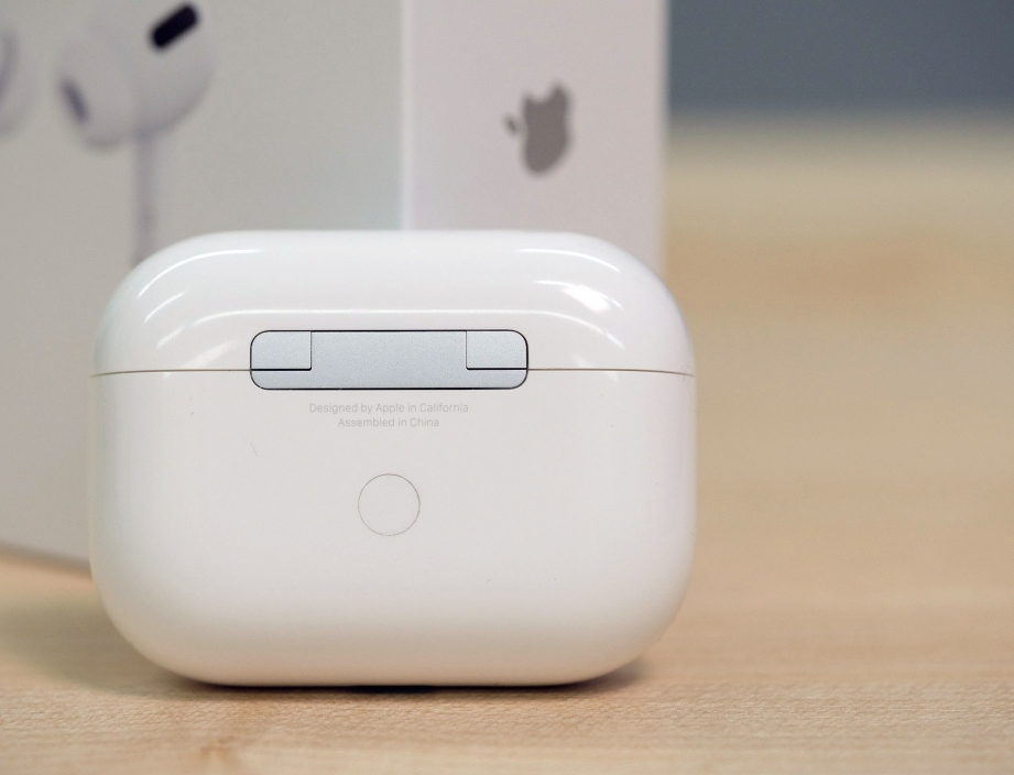 apple-airpods-pro-unboxing-pic4.jpg