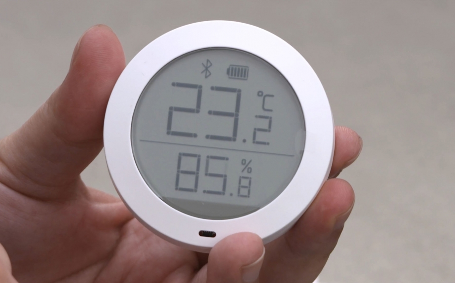 xiaomi-mi-temperature-and-humidity-monitor-unboxing-pic3.jpg