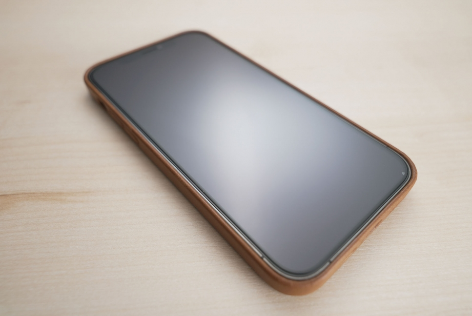 hermes-iphone-12-case-unboxing-pic6.jpg