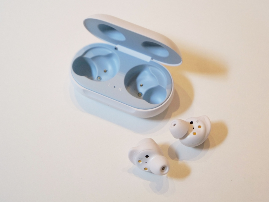 samsung-galaxy-buds-unboxing-pic3.jpg