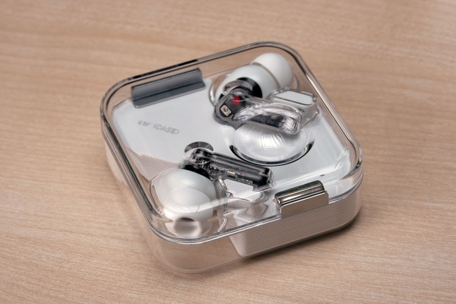nothing-ear-1-unboxing-pic5.jpg