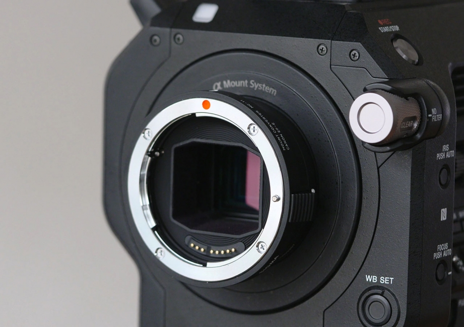 sigma-mc-11-mount-converter-preview-pic1.jpg