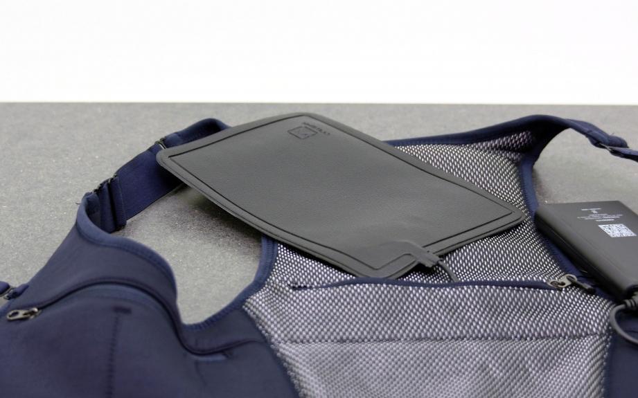memorette-onwear-heated-vest-unboxing-pic6.jpg