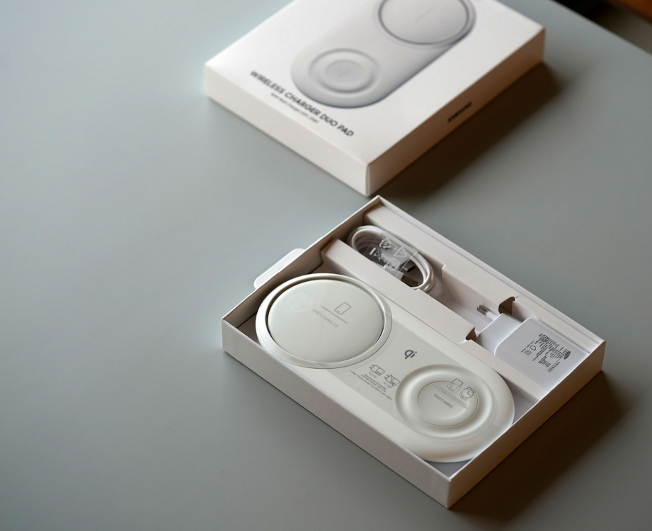 samsung-wireless-charger-pad-duo-unboxing-pic4.jpg