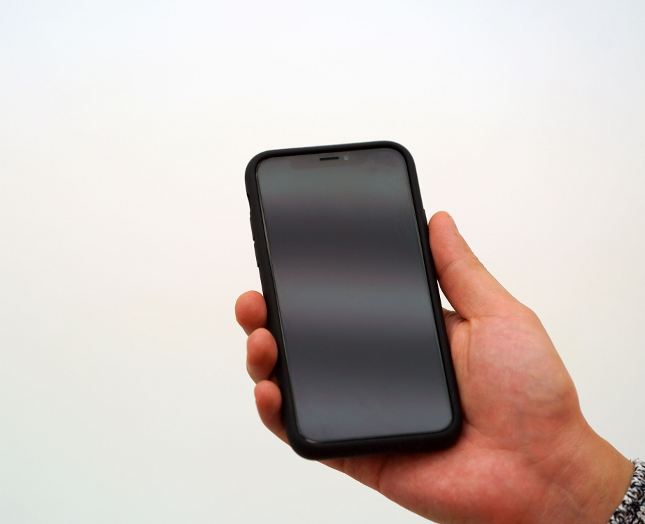 apple-iphone-xs-smart-battery-case-unboxing-pic3.jpg