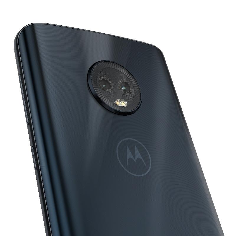 Moto-G6-in-Black-and-Deep-Indigo (1).jpg