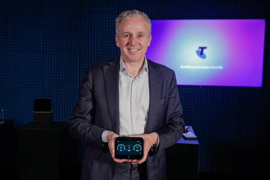 Telstra-5G-Devices-9708.jpg
