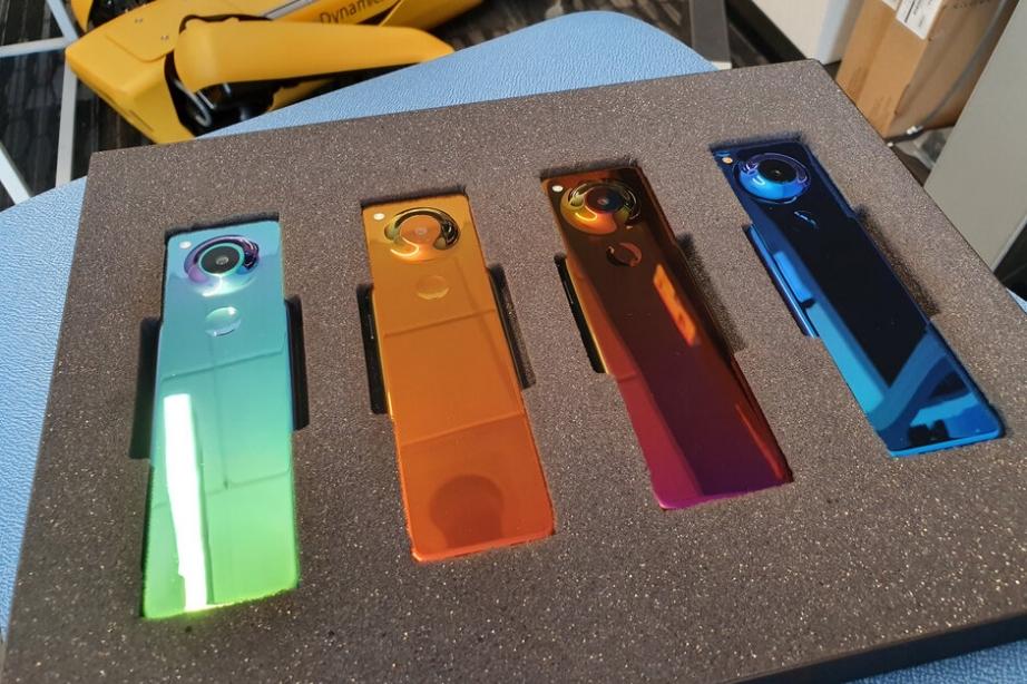 Essentials-new-smartphone-is-the-weirdest-thing-weve-seen.jpg