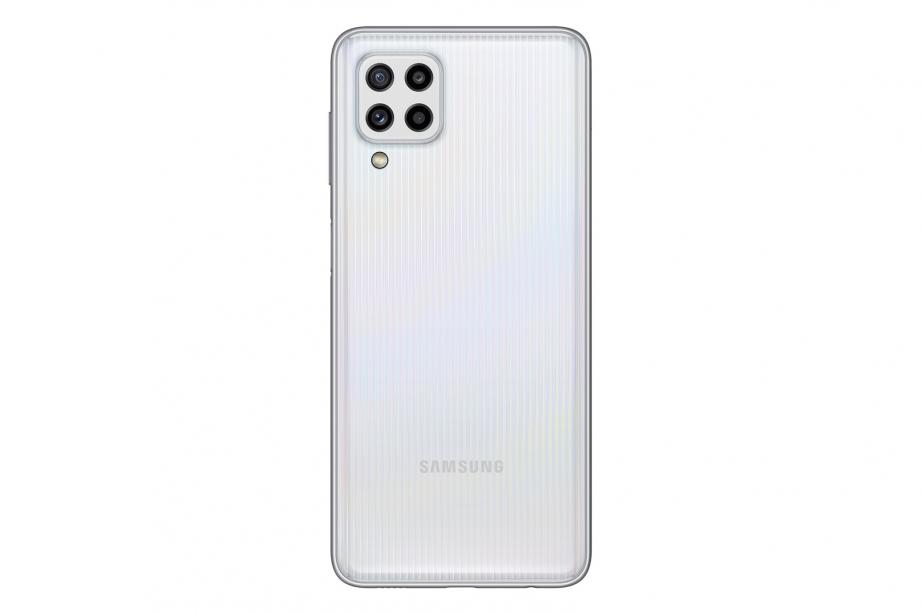 018_galaxy_M32_white_back.jpg
